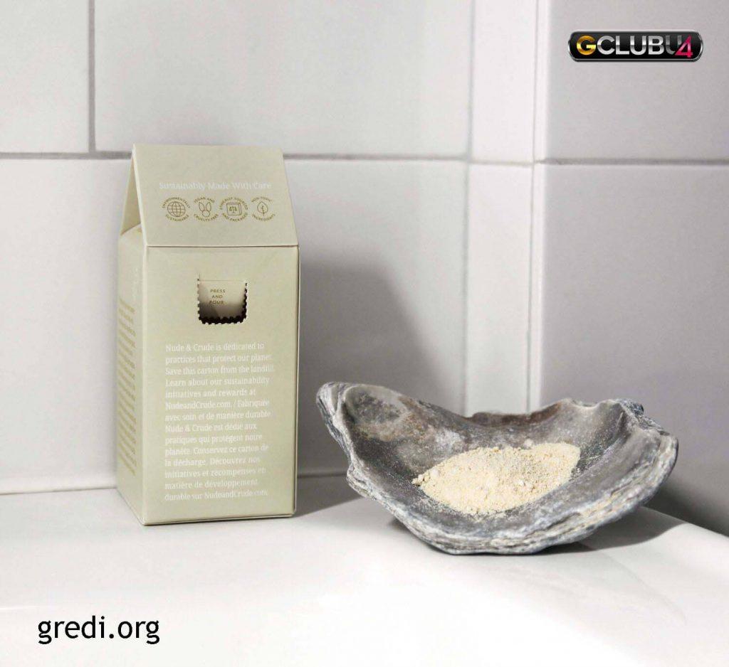 Nude & Crude Shower Powder